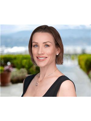 Alexandra Axsen