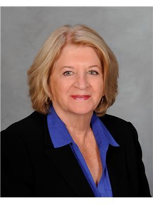 Carol Shalovelo