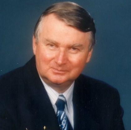 Gary R Jennings