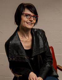 Amanda R Sheldon