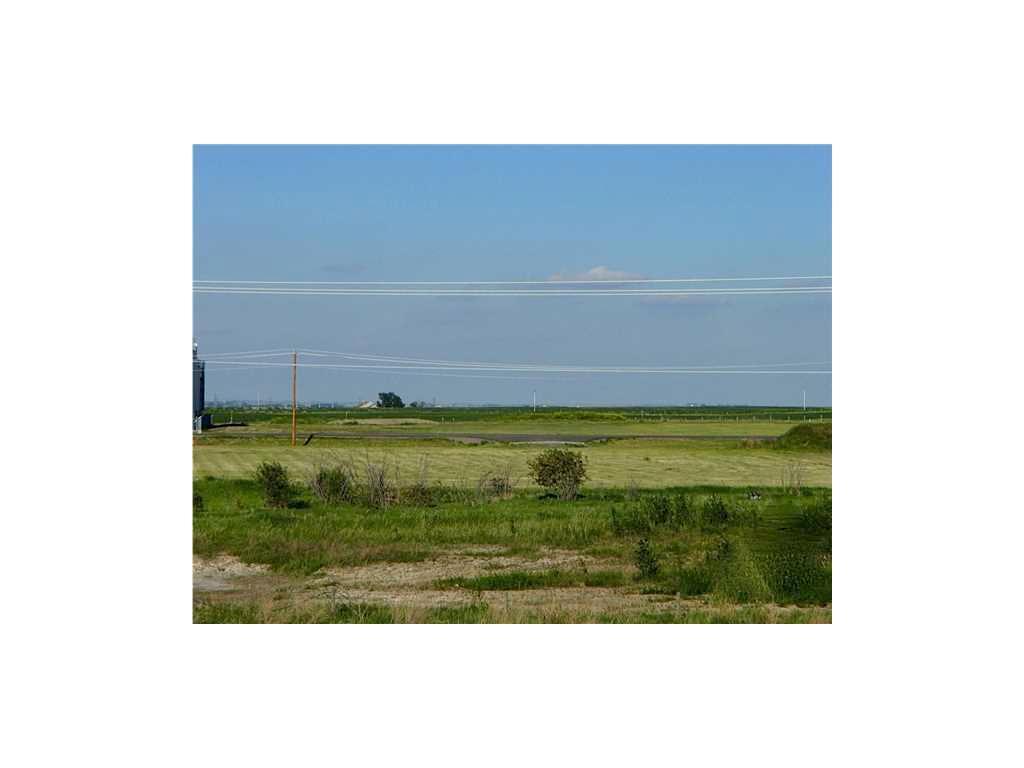 122 St E, Rural Foothills M.d., Alberta  T1V 1M3 - Photo 2 - C1026271