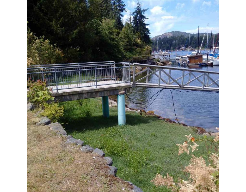 5167 Wilkinson Road, Pender Harbour, British Columbia  V0N 2H0 - Photo 9 - C8016962
