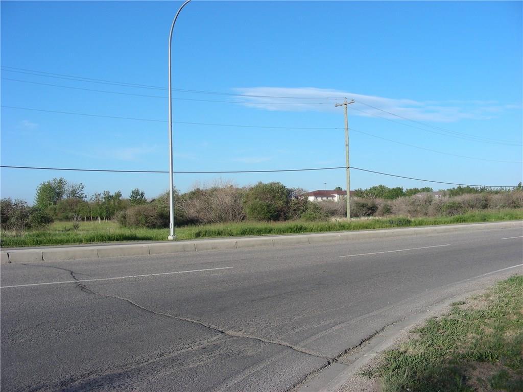 12 Av Se, High River, Alberta  T1V 2B1 - Photo 2 - C4194347