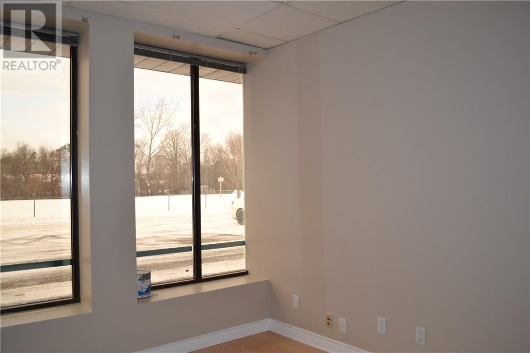 480 Mcgill Street W Unit#102, Hawkesbury, Ontario  K6A 1R2 - Photo 3 - 1141256