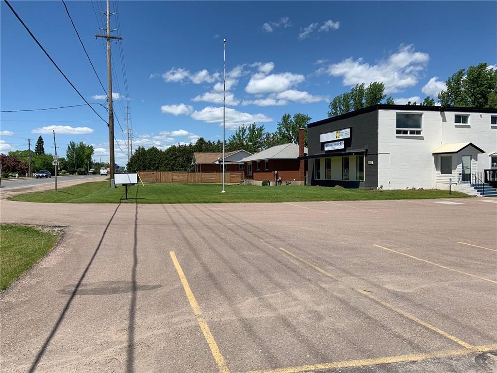 1217 Pembroke Street, Pembroke, Ontario  K8A 7R8 - Photo 2 - 1150017