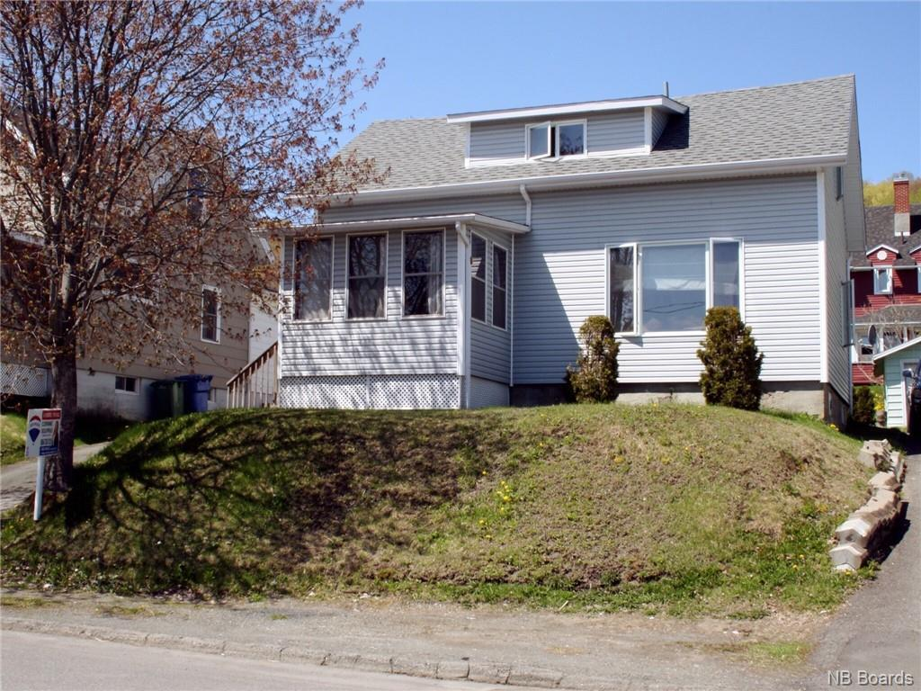 82 21st Avenue, Edmundston, New Brunswick  E3V 2C3 - Photo 1 - NB016548