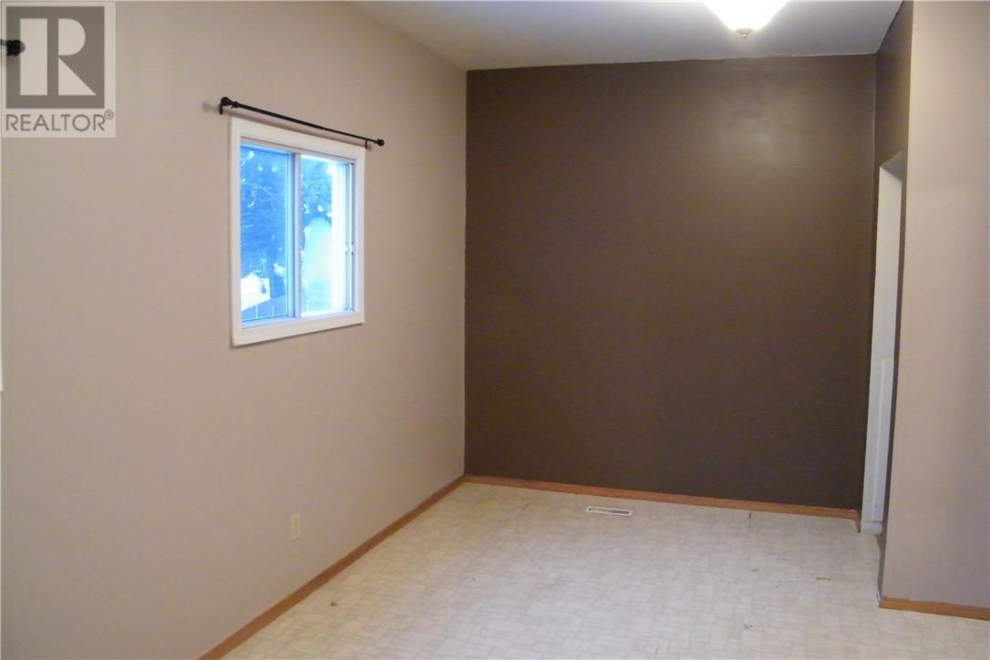 4804 48 Avenue, Forestburg, Alberta  T0B 1N0 - Photo 7 - ca0151826