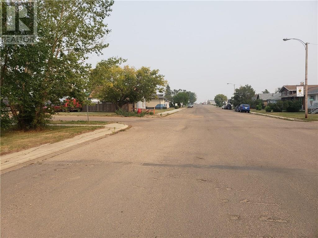 5305 Victoria Avenue, Coronation, Alberta  T0C 1C0 - Photo 3 - ca0146121