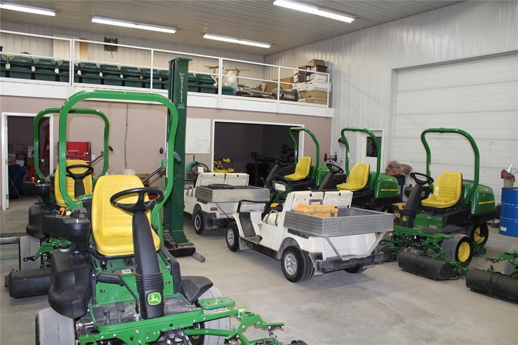 32351 Range Rd 55 Sundre, Rural Mountain View County, Alberta  T0M 1X0 - Photo 10 - C4278509