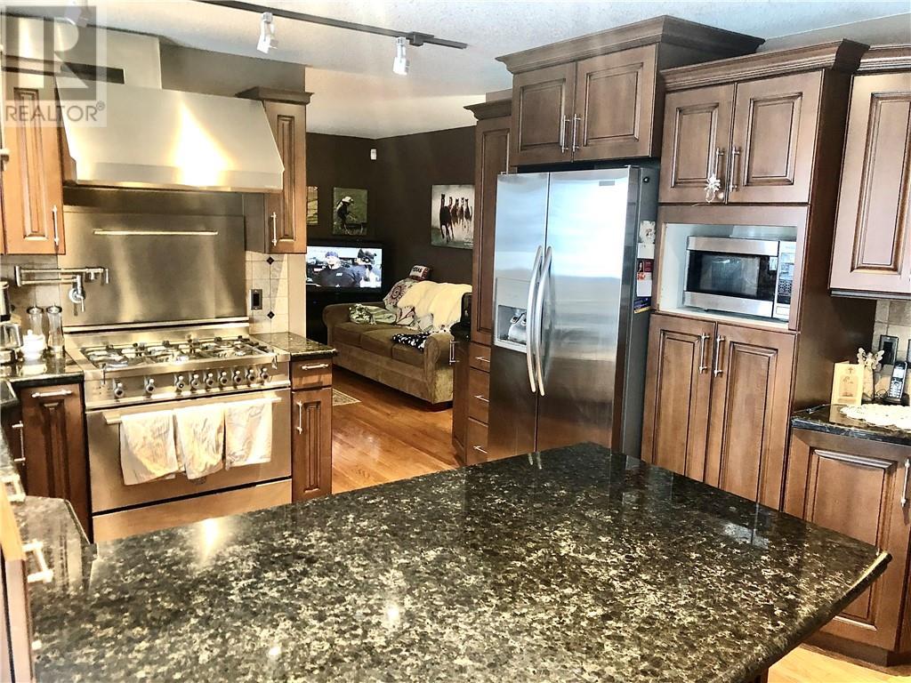 5832 59 Street, Rocky Mountain House, Alberta  T4T 1K1 - Photo 3 - ca0184527