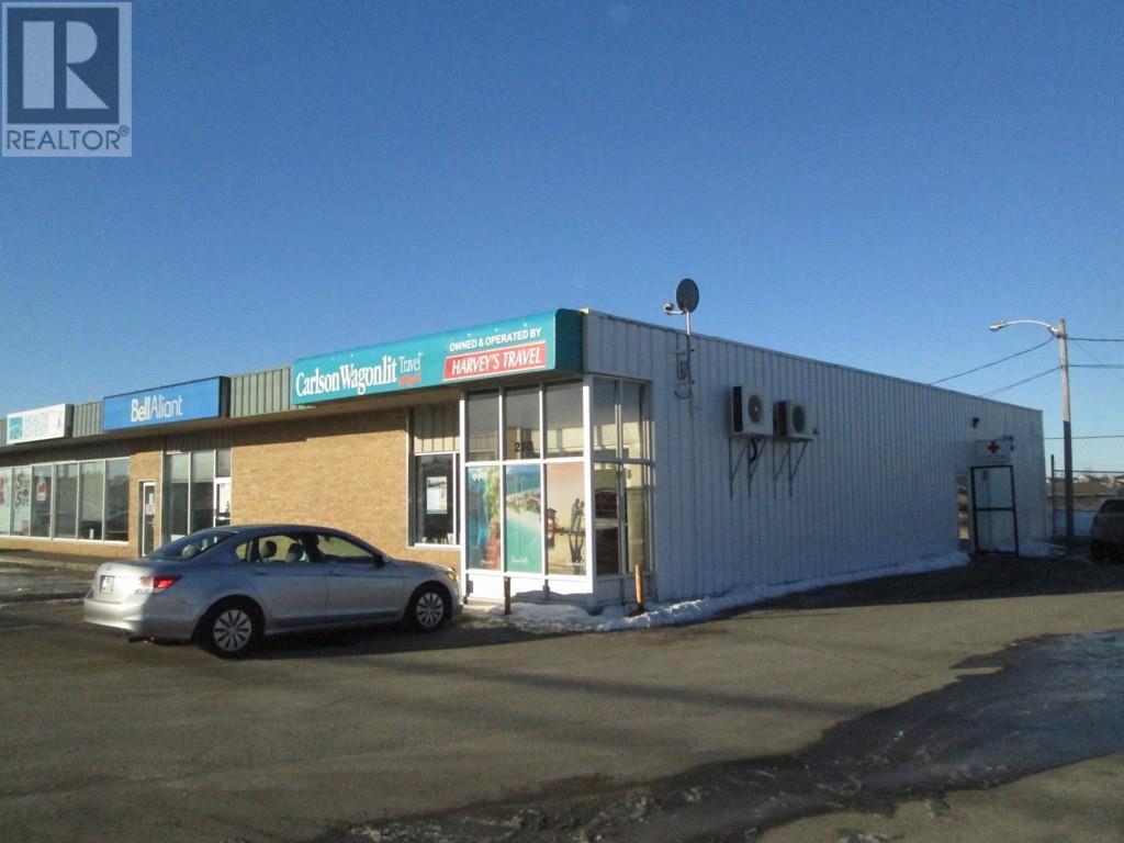 28 CROMER Avenue, GRAND FALLS-WINDSOR, A2A1X2, ,Business,For sale,CROMER,1134799
