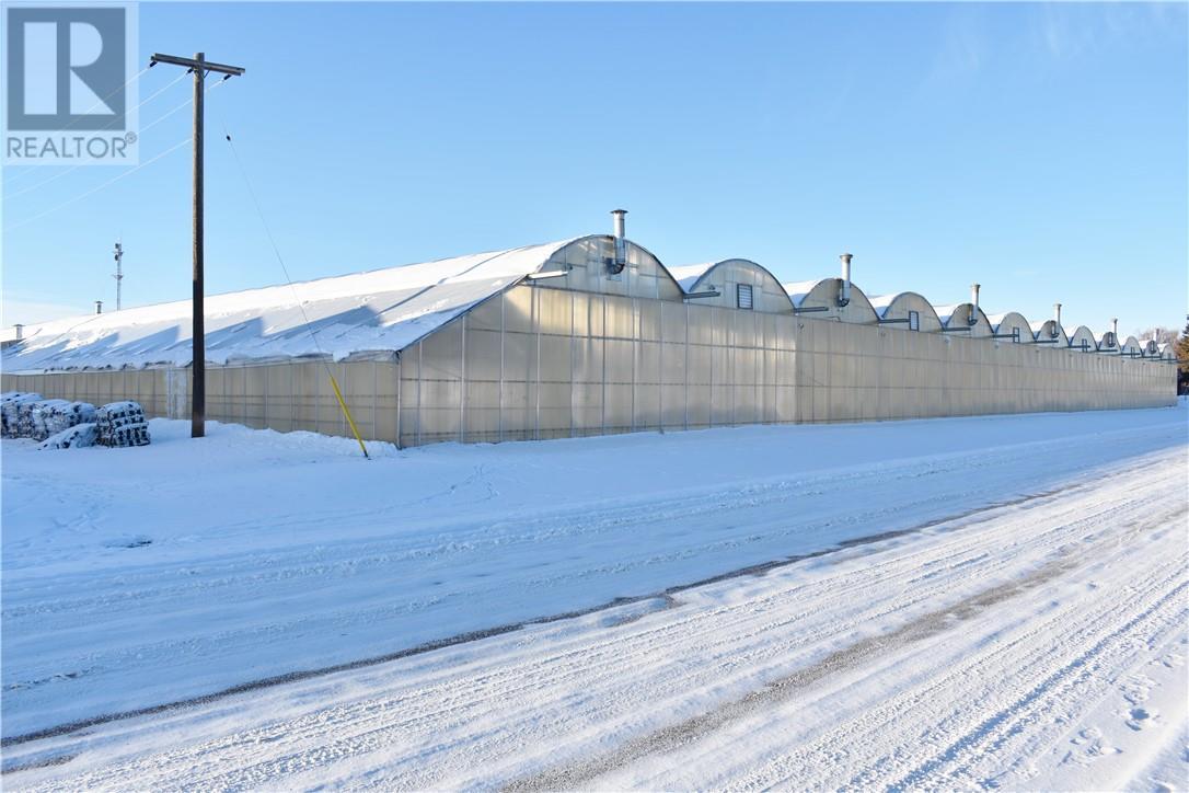 101 5 Street Sw, Redcliff, Alberta  T0J 2P0 - Photo 1 - MH0185132