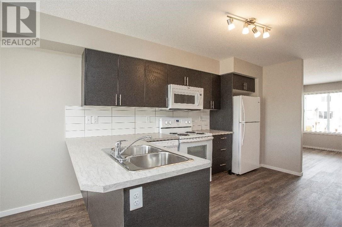 5512 48a Street Close, Bentley, Alberta  T0C 0J0 - Photo 6 - ca0184387