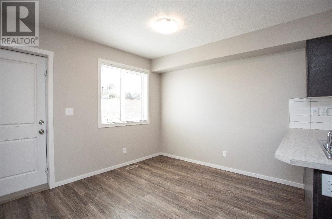 5512 48a Street Close, Bentley, Alberta  T0C 0J0 - Photo 8 - ca0184387