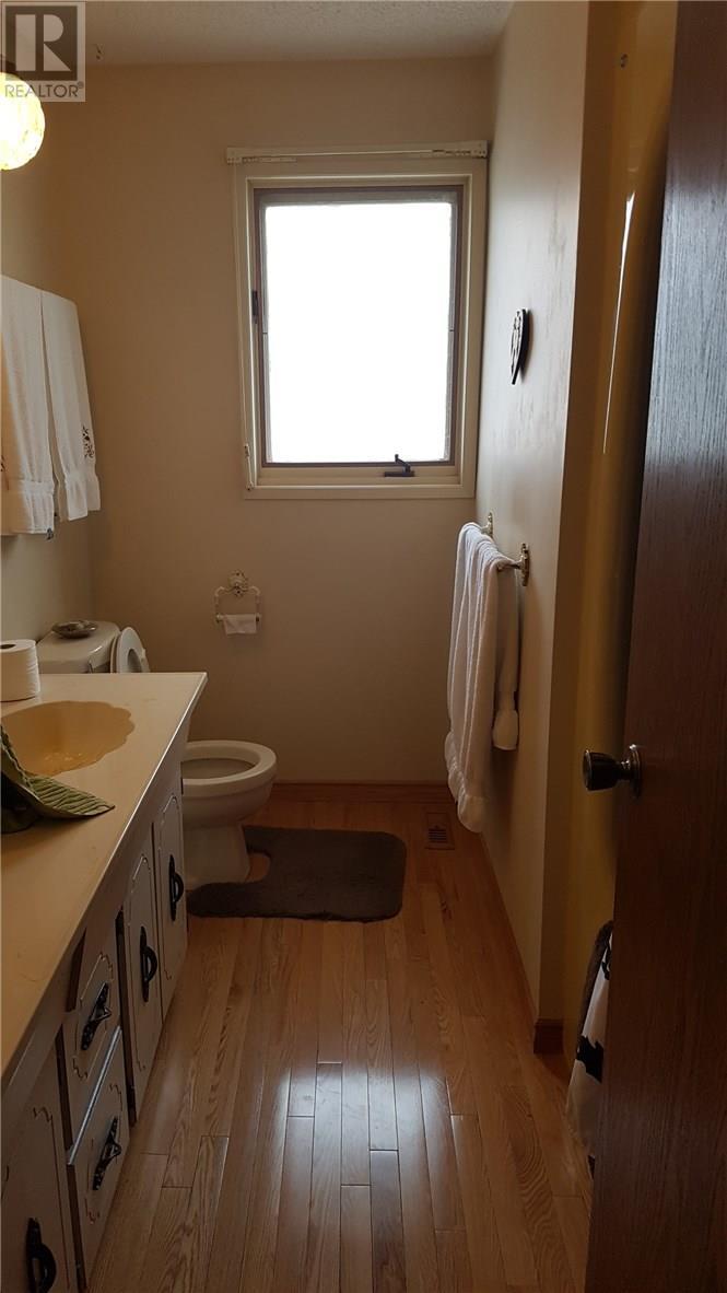 5220 49 Street, Castor, Alberta  T0C 0X0 - Photo 11 - ca0099973