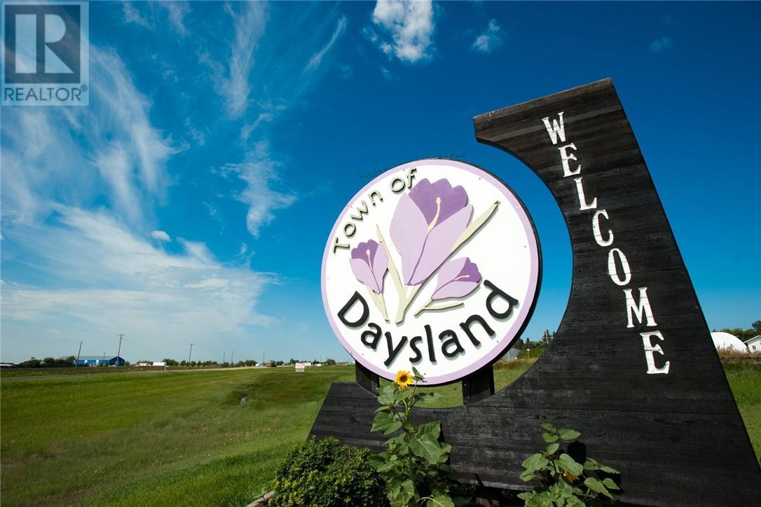 5030 59 Street, Daysland, Alberta  T0B 1A0 - Photo 1 - CA0188012
