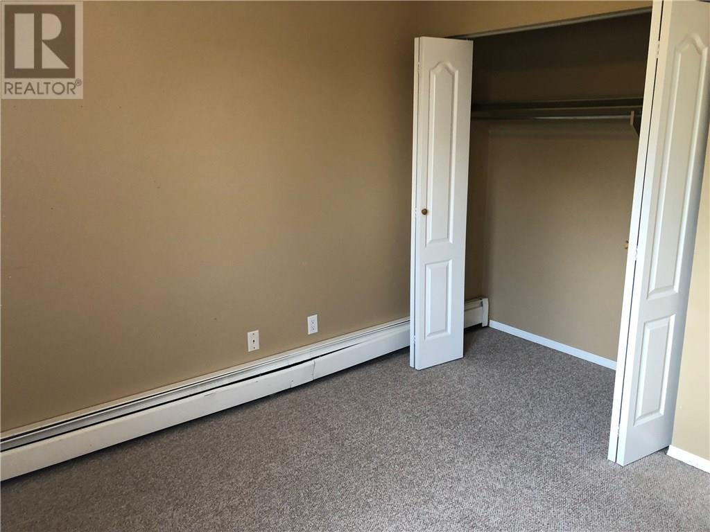 403, 5418 52 Street, Camrose, Alberta  T4V 4A6 - Photo 2 - CA0137000