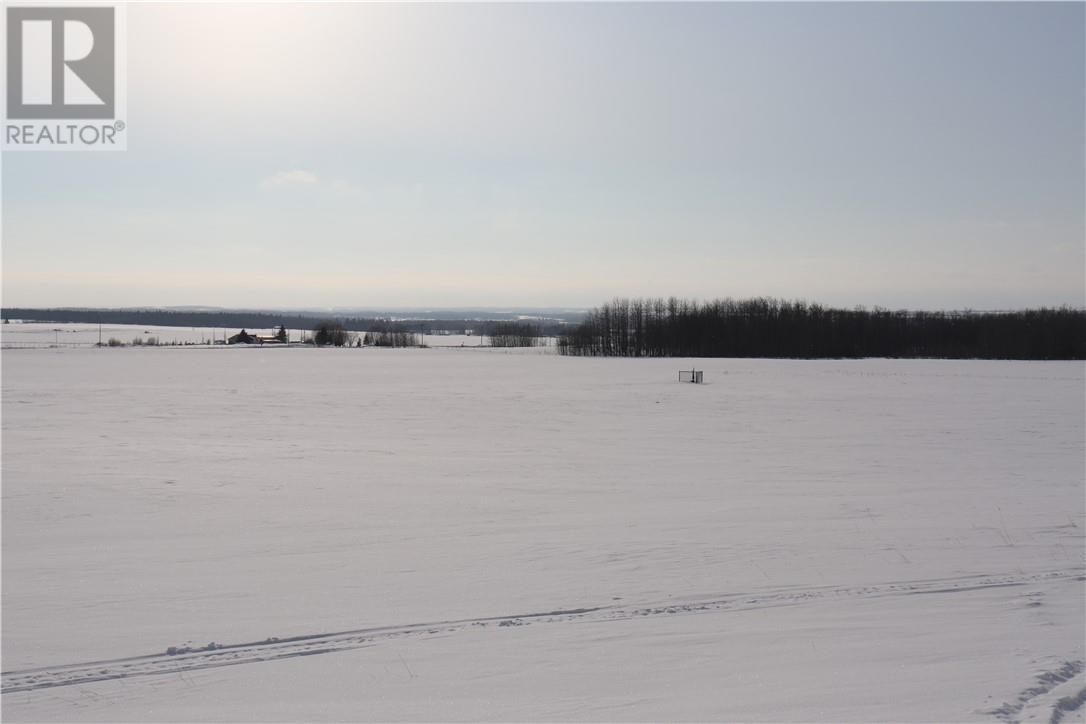 On Township Road 424, Rural Ponoka County, Alberta  T4J 1R1 - Photo 3 - CA0191388