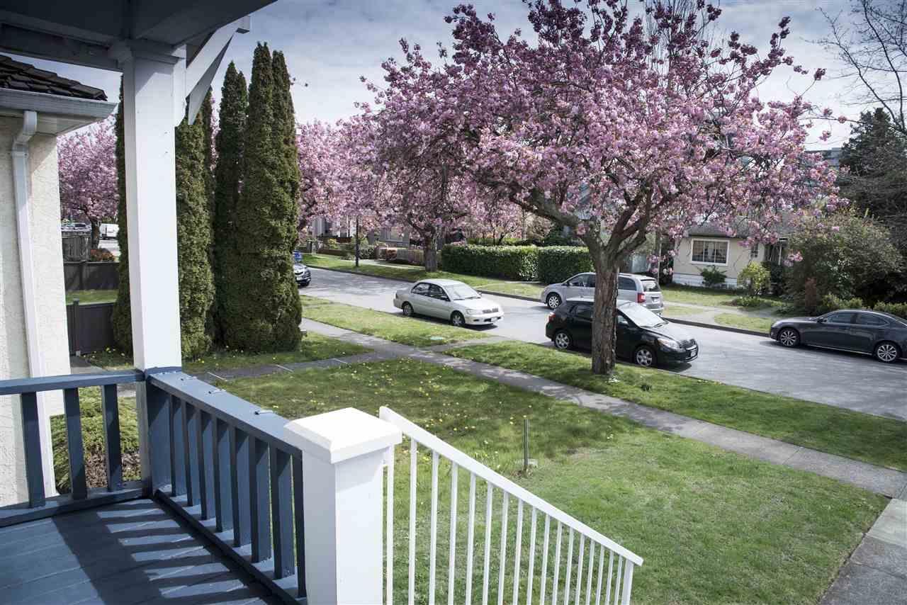 1563 W 66th Avenue, Vancouver, British Columbia  V6P 2R8 - Photo 4 - R2439946