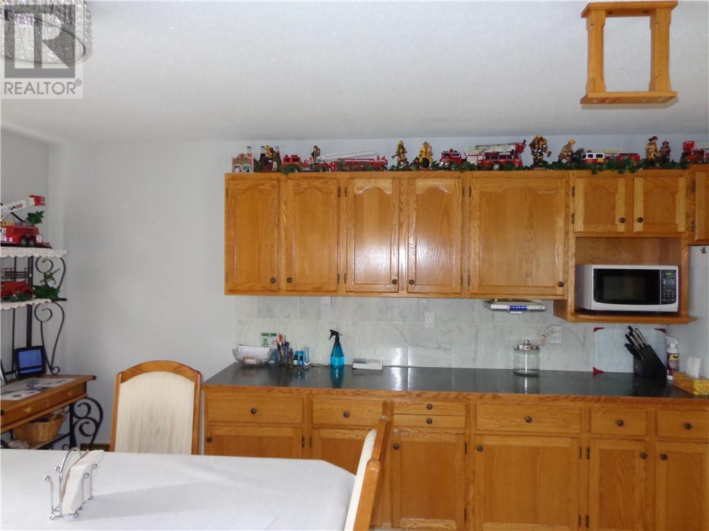 4575 Eastview Crescent, Rimbey, Alberta  T0C 2J0 - Photo 4 - ca0194144