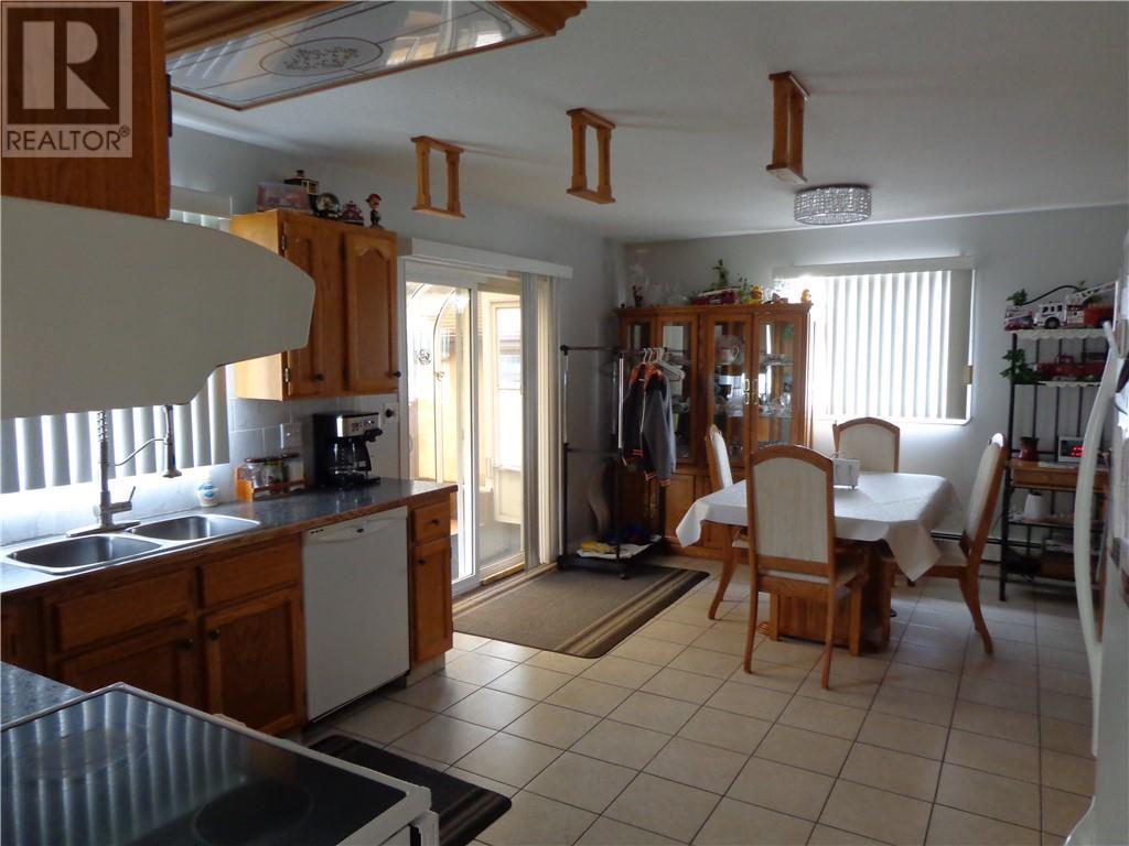 4575 Eastview Crescent, Rimbey, Alberta  T0C 2J0 - Photo 7 - ca0194144