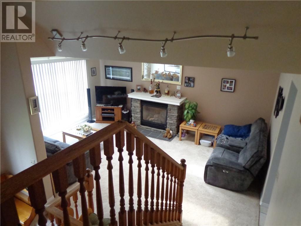 4575 Eastview Crescent, Rimbey, Alberta  T0C 2J0 - Photo 9 - ca0194144
