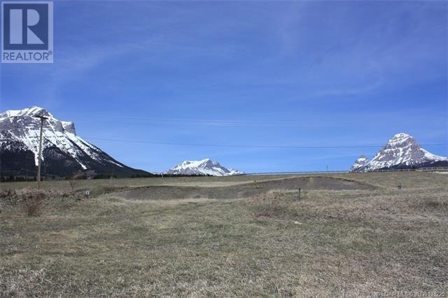 3602 18 Avenue, Rural Crowsnest Pass, Alberta  T0K 0M0 - Photo 3 - LD0193225