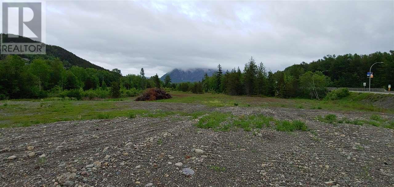 4402-4421 Keith Avenue, Terrace (Zone 88), British Columbia  V8G 1J8 - Photo 1 - C8032052
