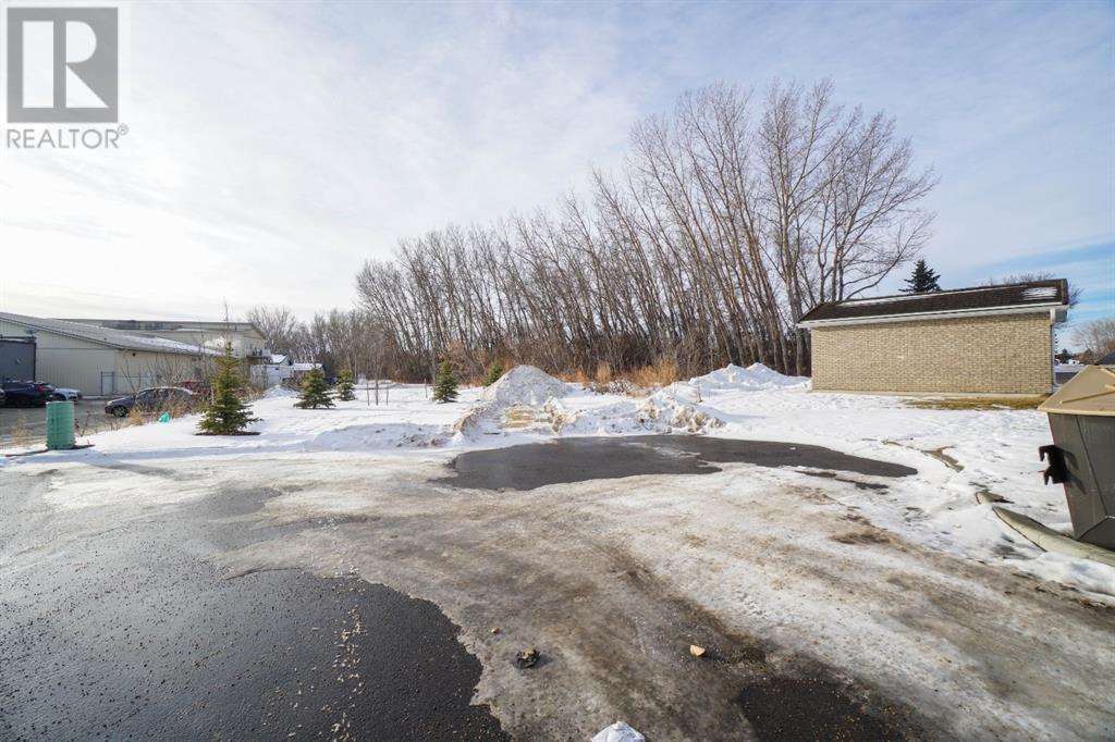 1, 4041 63 Avenue, Lacombe, Alberta  T4L 1V6 - Photo 3 - CA0148417