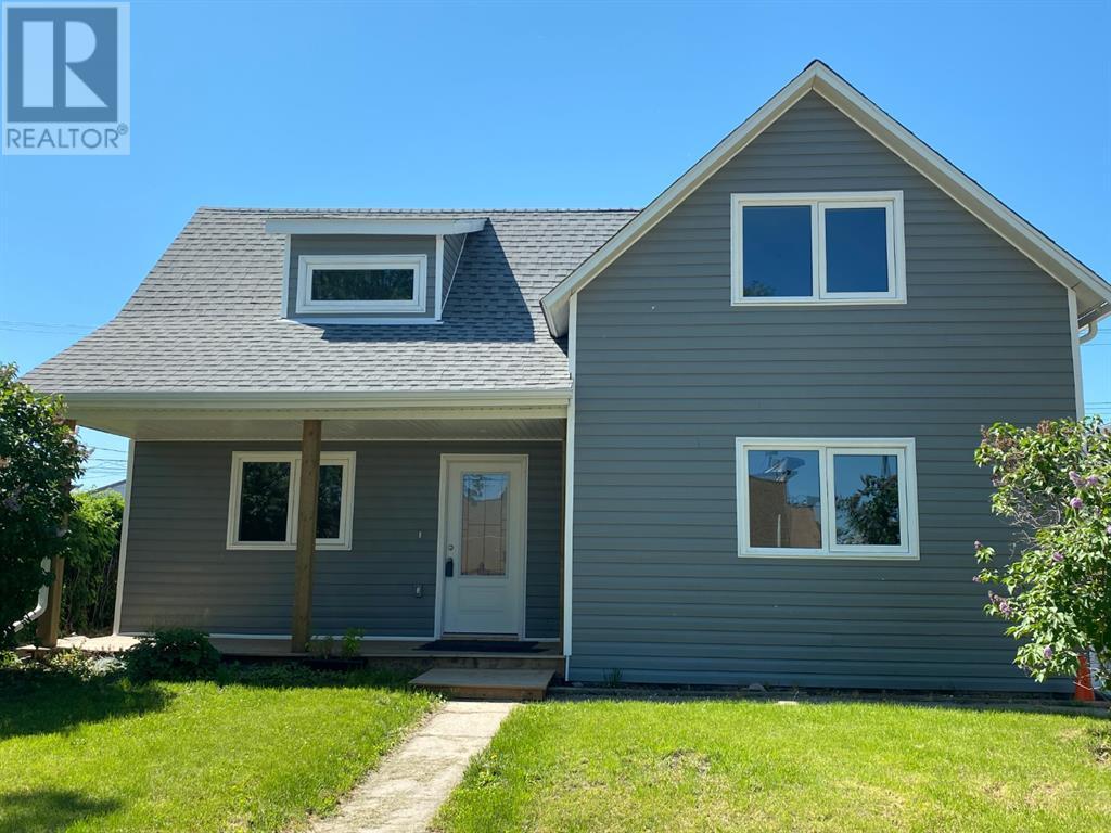 5011 47 Avenue, Ponoka, Alberta  T4J 1J3 - Photo 1 - CA0184645