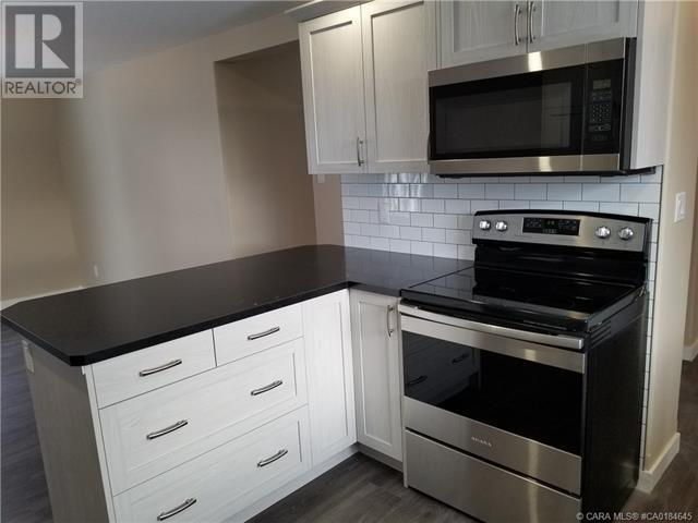 5011 47 Avenue, Ponoka, Alberta  T4J 1J3 - Photo 6 - CA0184645