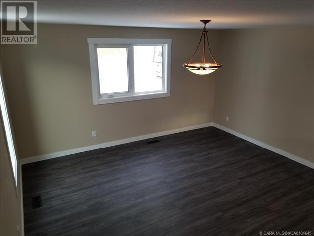 5011 47 Avenue, Ponoka, Alberta  T4J 1J3 - Photo 9 - CA0184645