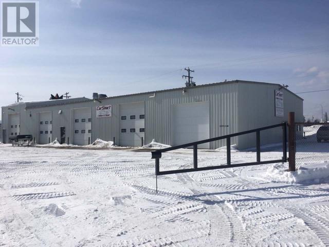 3511 35 Ave, Whitecourt, Alberta    - Photo 2 - AWI52183