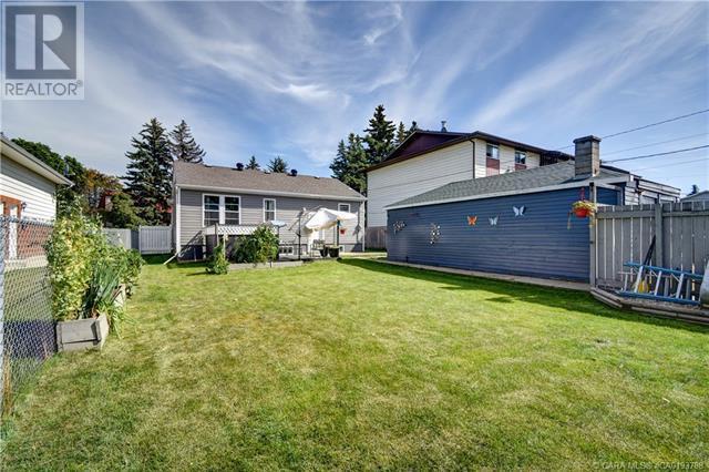 5910 51 Avenue, Red Deer, Alberta  T4N 4H9 - Photo 33 - CA0193788
