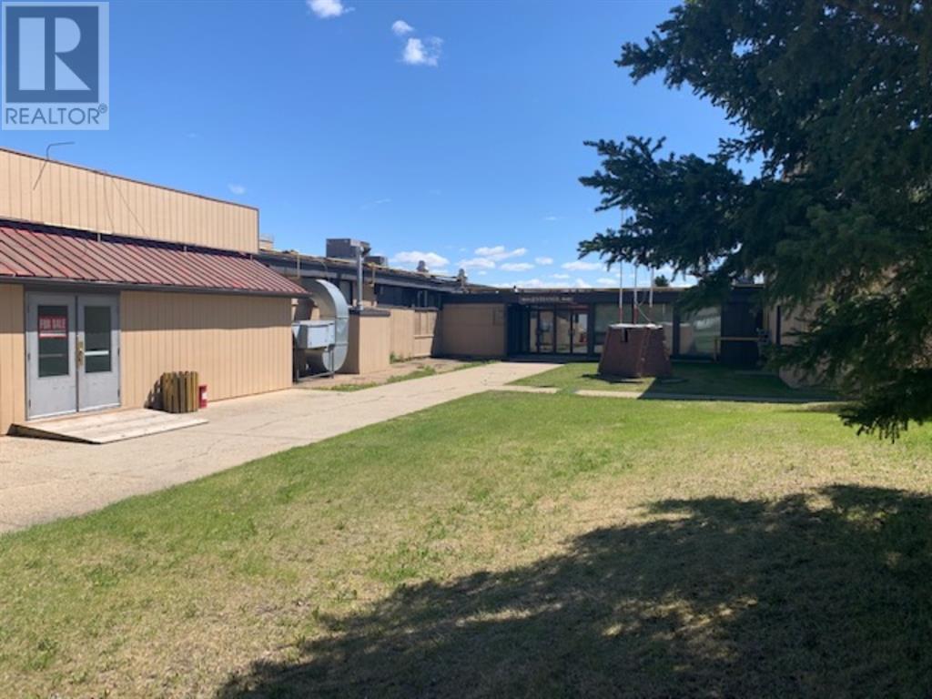 3216 22 Street, Springbrook, Alberta  T4S 1W4 - Photo 5 - CA0185318