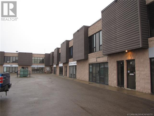 4, 5112 47 Avenue, Innisfail, Alberta  T4G 1P8 - Photo 2 - CA0145731