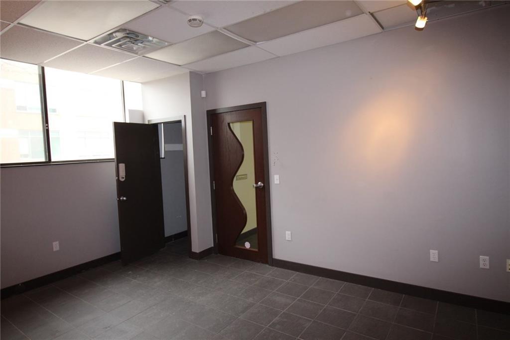 4673 Ontario Avenue Unit# 201, Niagara Falls, Ontario  L2E 3R1 - Photo 4 - 30783806