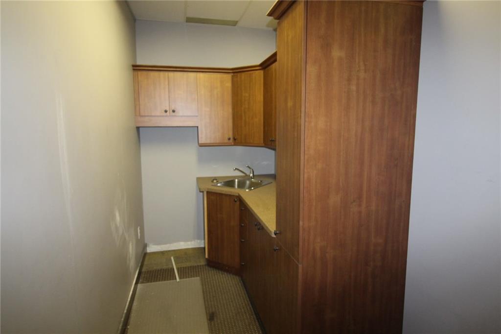4673 Ontario Avenue Unit# 201, Niagara Falls, Ontario  L2E 3R1 - Photo 6 - 30783806