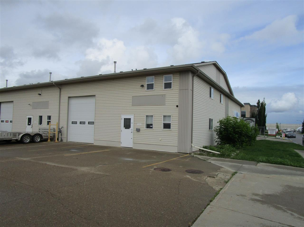 10740 180 St Nw, Edmonton, Alberta  T5S 2S4 - Photo 1 - E4204455
