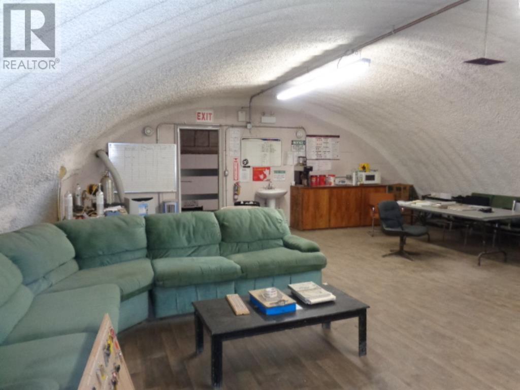 5704 54  Avenue, Taber, Alberta  T1G 1X3 - Photo 9 - A1004240
