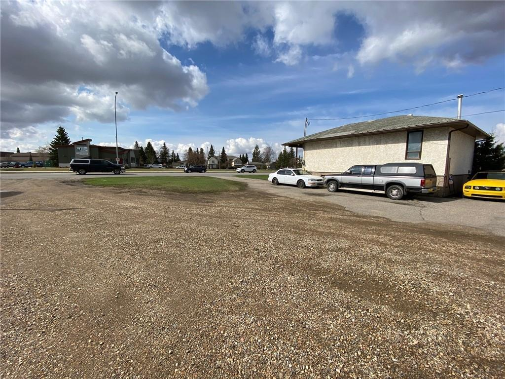 5122/5126 46 St, Olds, Alberta  T4H 1A5 - Photo 3 - C4295316
