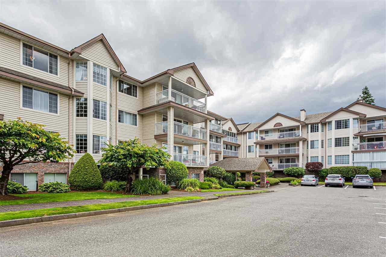 307 2491 Gladwin Road, Abbotsford, British Columbia  V2T 3N8 - Photo 2 - R2474574