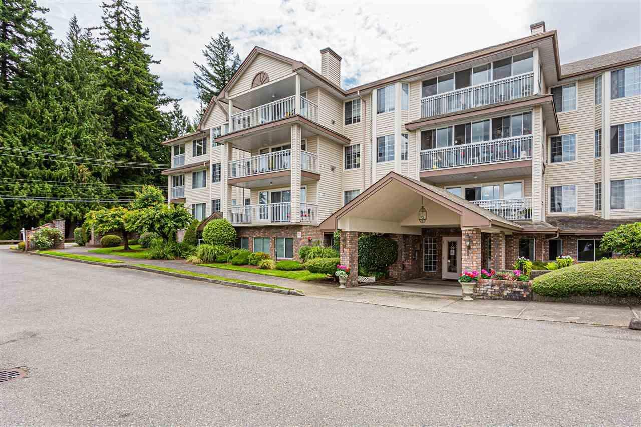 307 2491 Gladwin Road, Abbotsford, British Columbia  V2T 3N8 - Photo 3 - R2474574