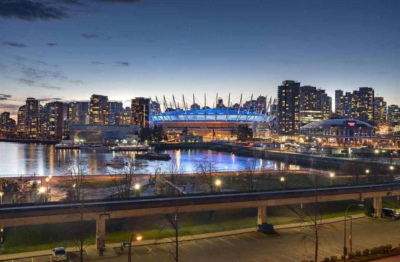 602 1188 Quebec Street, Vancouver, British Columbia  V6A 4B3 - Photo 2 - R2467666