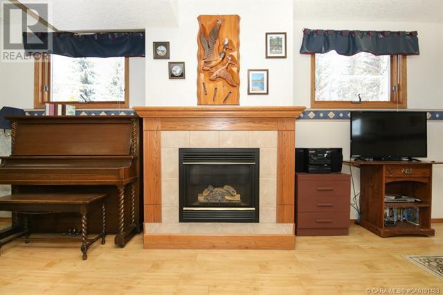 801 10 Avenue Ne, Three Hills, Alberta  T0M 2A0 - Photo 36 - CA0191488