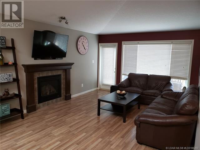 254 Firelight Crescent W, Lethbridge, Alberta  T1J 4W1 - Photo 8 - LD0186267
