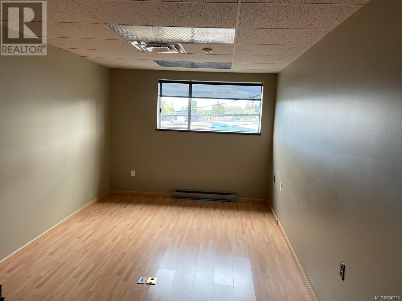 MLS® #836353 - Courtenay Offices For rent Image #13
