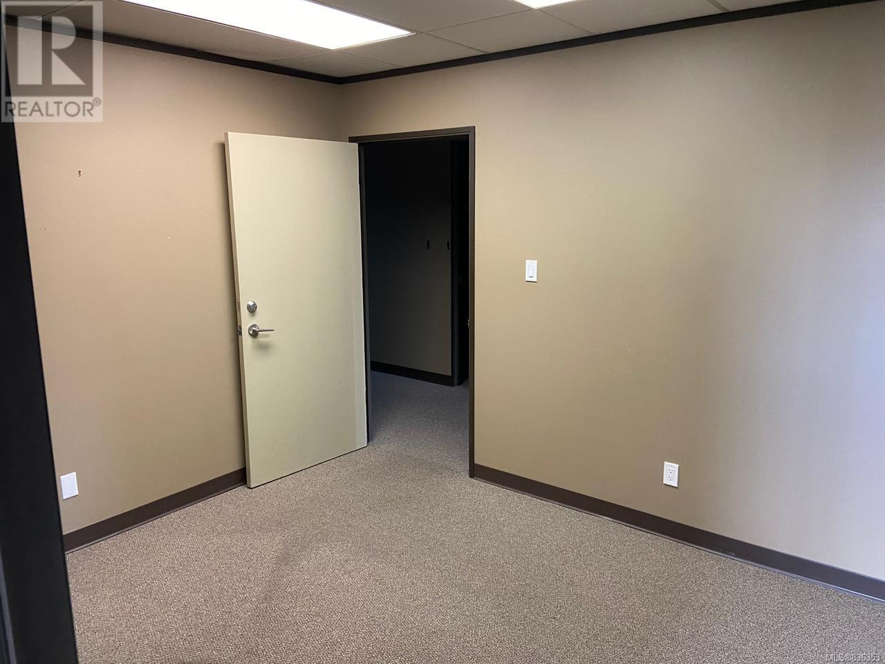 MLS® #836353 - Courtenay Offices For rent Image #5