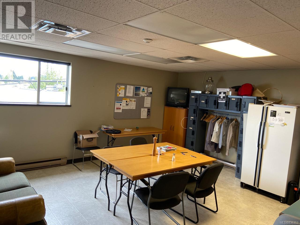 MLS® #836353 - Courtenay Offices For sale or rent Image #11