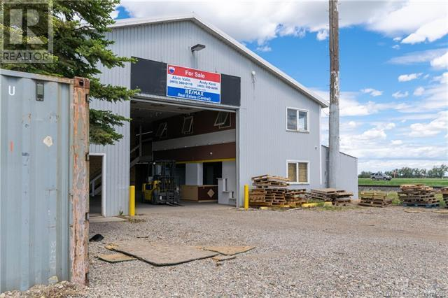141 Stewart Avenue, Rural Lethbridge County, Alberta  T1J 4P4 - Photo 2 - LD0174583